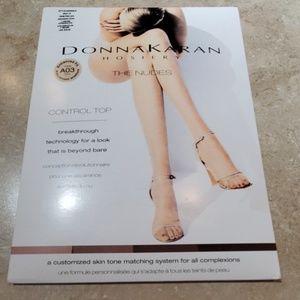 Donna Karan The Nudes Control Top Pantyhose  M